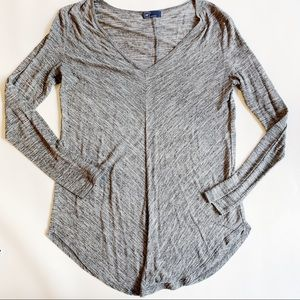 GAP Tops - GAP Gray Soft Long Sleeve Shirt Medium EUC